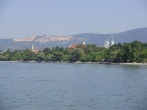 Jó döntések várhatóak a Duna mellett?